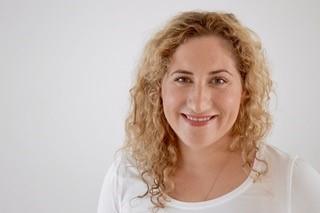 Dr. Anne Pesditschek